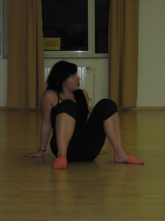 dulce locura is working hard i dance for me